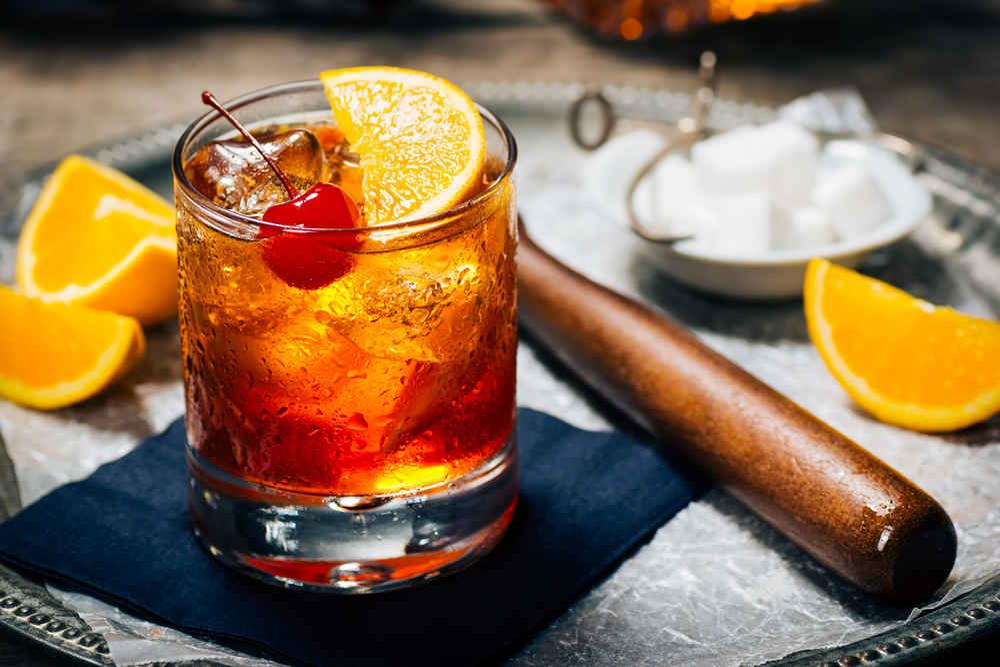 Kokteilis Old Fashioned