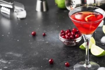 Cosmopolitan kokteilis